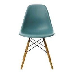 Vitra Showroommodel - DSW stoel, kuip oceaanblauw, onderstel geelachtig esdoorn