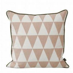 Ferm Living Large Geometry kussen roze 50x50