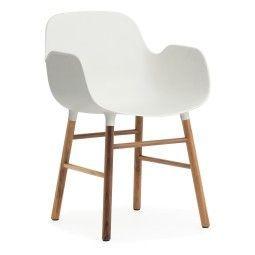 Normann Copenhagen Showroommodel - Form Armchair stoel met walnoten onderstel wit